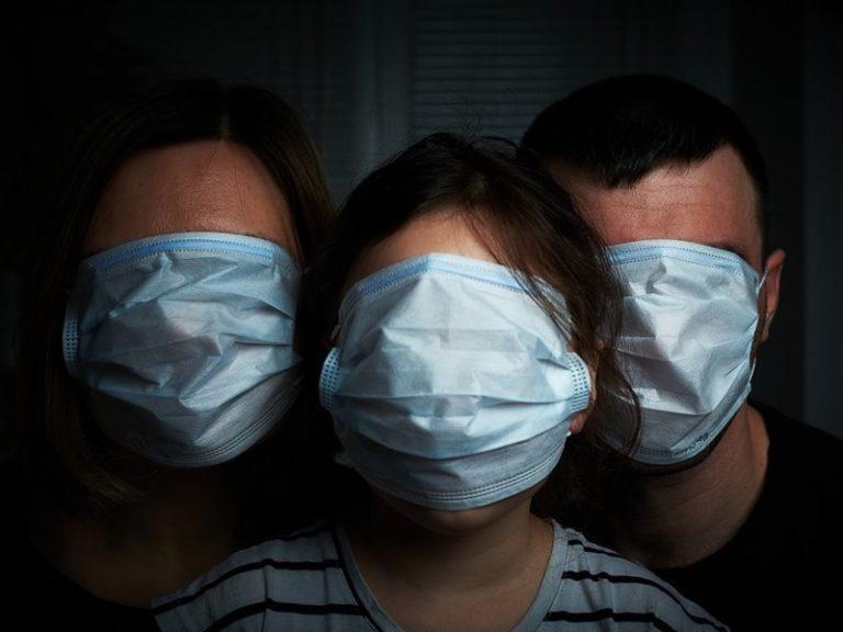 Короновирус, туалетная бумага и стриптиз